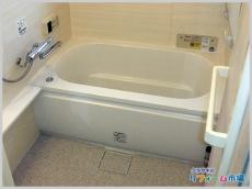 お客様ご希望通りのできる限り大きくした浴室空間にリフォーム