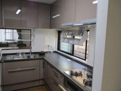 横浜市マンションにて人気のLIXILリシェルでのキッチンリフォーム事例