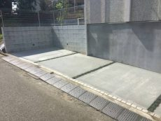 横浜市旭区戸建てにてコンクリート仕上げの駐車場増設リフォーム事例