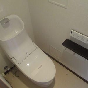 横浜市都筑区マンションにて人気のLIXILプレアスでのトイレリフォーム事例