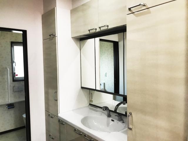 おすすめのオプション!洗面化粧台をリフォームでより使いやすく