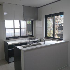 横浜市旭区戸建にて人気のLIXILアレスタでのキッチンリフォーム事例