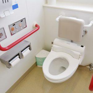 トイレをバリアフリーにしたい人必見!介護リフォームの内容や費用と注意点