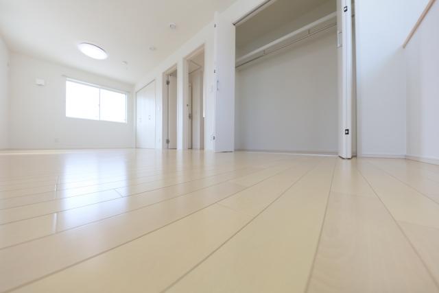 床と壁紙(クロス)はセットで考えよう