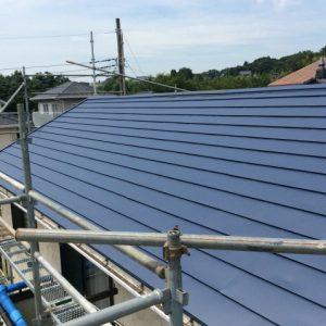 屋根の塗り替えリフォーム費用の相場金額と注意点は?