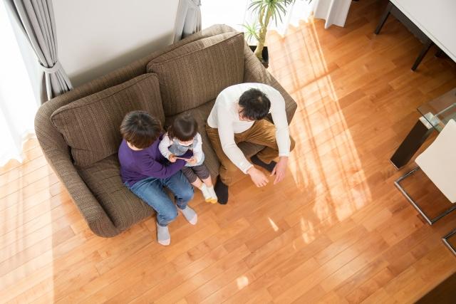フローリングはなぜ人気?床をリフォームするメリットや費用、注意点とは